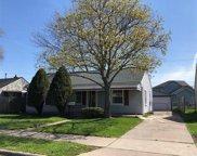 26330 Grandmont St, Roseville image