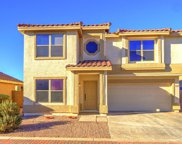 2340 E Hazeltine Way, Chandler image