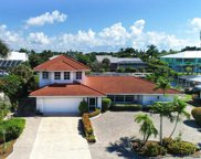 938 Pecten Ct, Sanibel image