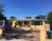 150 Sw 52nd Ave, Miami image