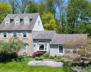 27 Clearview, Longswamp Township image