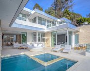 9311 READCREST Drive, Beverly Hills image