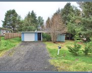 14 Sunset Blvd, Hoquiam image