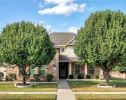 5217 Winterberry, Fort Worth image