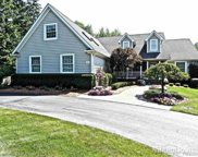 521 Driftwood Ave, Rochester Hills image