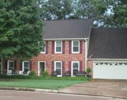 415 E Valleywood, Collierville image
