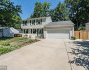 7818 FREEHOLLOW DRIVE, Falls Church image
