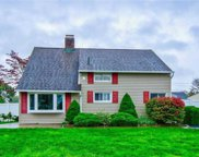 98 Sycamore  Lane, Levittown image