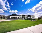 4 Valley Bluffs Ct., Minot image