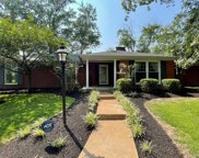 4 Woods Hill  Drive, Town and Country image