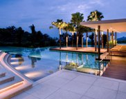 811 ALTA Drive, Beverly Hills image
