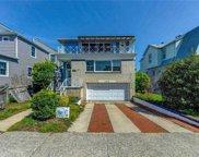 525 Beech  Street, Long Beach image
