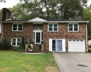 16 White Birch Circle, East Lyme image