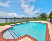 2253 Greenview Cove Drive, Wellington image