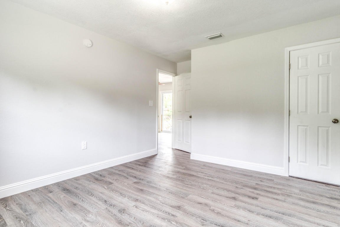mary esther hindu singles 283 tecumseh ln, mary esther, fl is a 4 bed, 2 bath, 1950 sq ft single-family home available for rent in mary esther, florida.