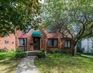 932 LINCOLN, Grosse Pointe image