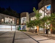 1006  Chantilly Rd, Los Angeles image