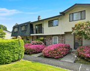 17050 Northup Wy Unit 24, Bellevue image