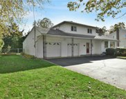 685 Plainview  Road, Bethpage image