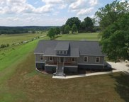 67 Lakeview Dr, Summertown image