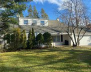 15 Gristmill  Lane, Great Neck image