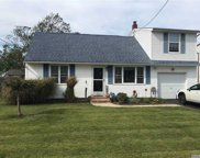 20 Clifton  Drive, Patchogue image