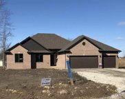 48111 Donner, Chesterfield image