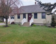 73 Brookwood RD, South Kingstown image