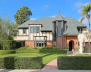 333 PLYMOUTH Boulevard, Los Angeles (City) image