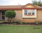 813 NW 16, Moore image