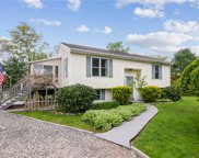 42 Shickasheen WY, South Kingstown image