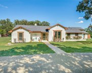 320 Oakview Drive, Double Oak image