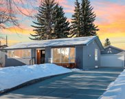 6427 Lombardy Crescent Sw, Calgary image