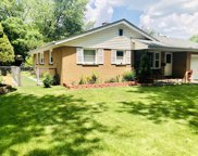 928 Sioux Drive, Elgin image