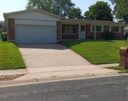 21 Willow Brook  Court, St Charles image