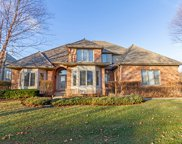 532 Waters Edge Drive, South Elgin image