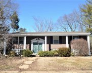 1031 Villaview  Drive, Manchester image