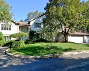 319 Hibbard Road, Winnetka image