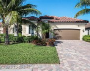 2794 Aviamar Cir, Naples image