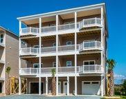 818 Villas Drive, North Topsail Beach image