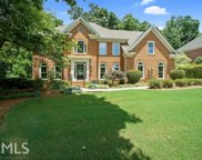 335 Hurst Bourne Ln, Johns Creek image