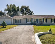148 Lakeview Dr, Colonial Beach image