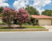 118 Willow Tree Lane, Longwood image
