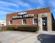 7124 West Touhy Avenue, Niles image
