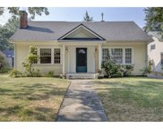 1016 QUEEN ANNE  AVE, Medford image