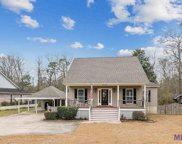 6147 N Bristle Cone Ct, Greenwell Springs image