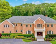 2080 Edge  Road, Muttontown image