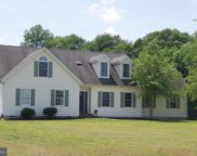 201 Marshall Dr, Centreville image