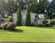 4718 Chesterfield Place, Jamestown image