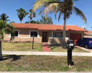 9975 Sw 152nd Ter, Miami image
